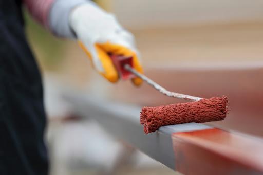 Sơn chống rỉ giúp tiết kiệm sơn cho lớp sơn phủ