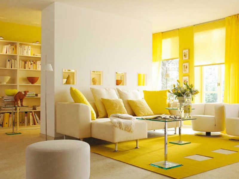 Sơn nhà màu vàng kết hợp với gam màu trắng vừa tươi trẻ, sống động