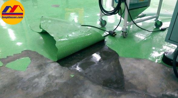 Kết quả hình ảnh cho sơn epoxy bị bong thành từng mảng